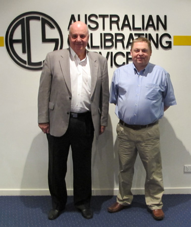 Tim Kennon, CEO of ACS with 'Mr Loadlink'